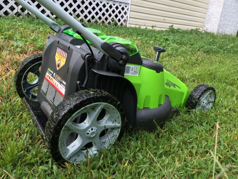 GreenWorks G-Max 40 V Twin Force Lawnmower