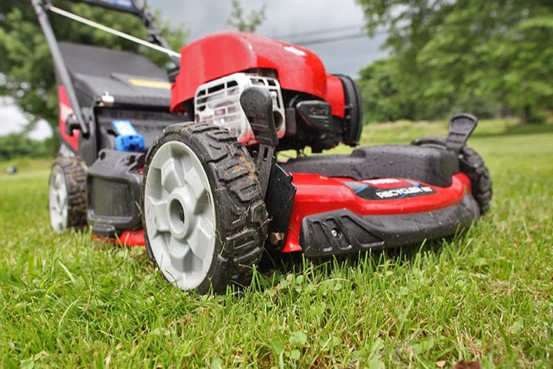 Toro 22 Personal Pace Recycler Lawnmower Review 20353