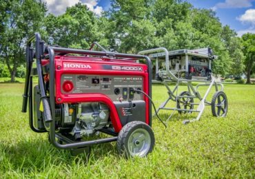 the difference between an inverter and a generator